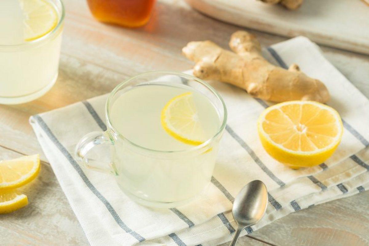 Acqua E Limone La Sera.Acqua Zenzero E Limone Le Proprieta Della Bevanda Che Disintossica