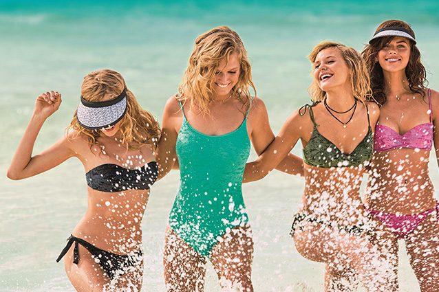 Costumi da bagno per l 39 estate 2018 i bikini giusti per nascondere pancia e fianchi - Costumi da bagno per seno abbondante ...