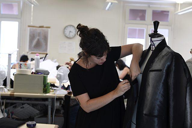 Lavorare nel mondo della moda ecco le figure for Accademia della moda milano