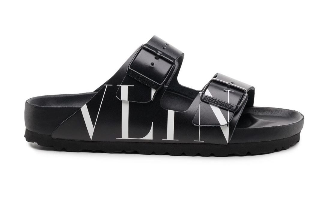 I sandali Birkenstock diventano glamour e arrivano sulla passerella di  Valentino b03945790d2