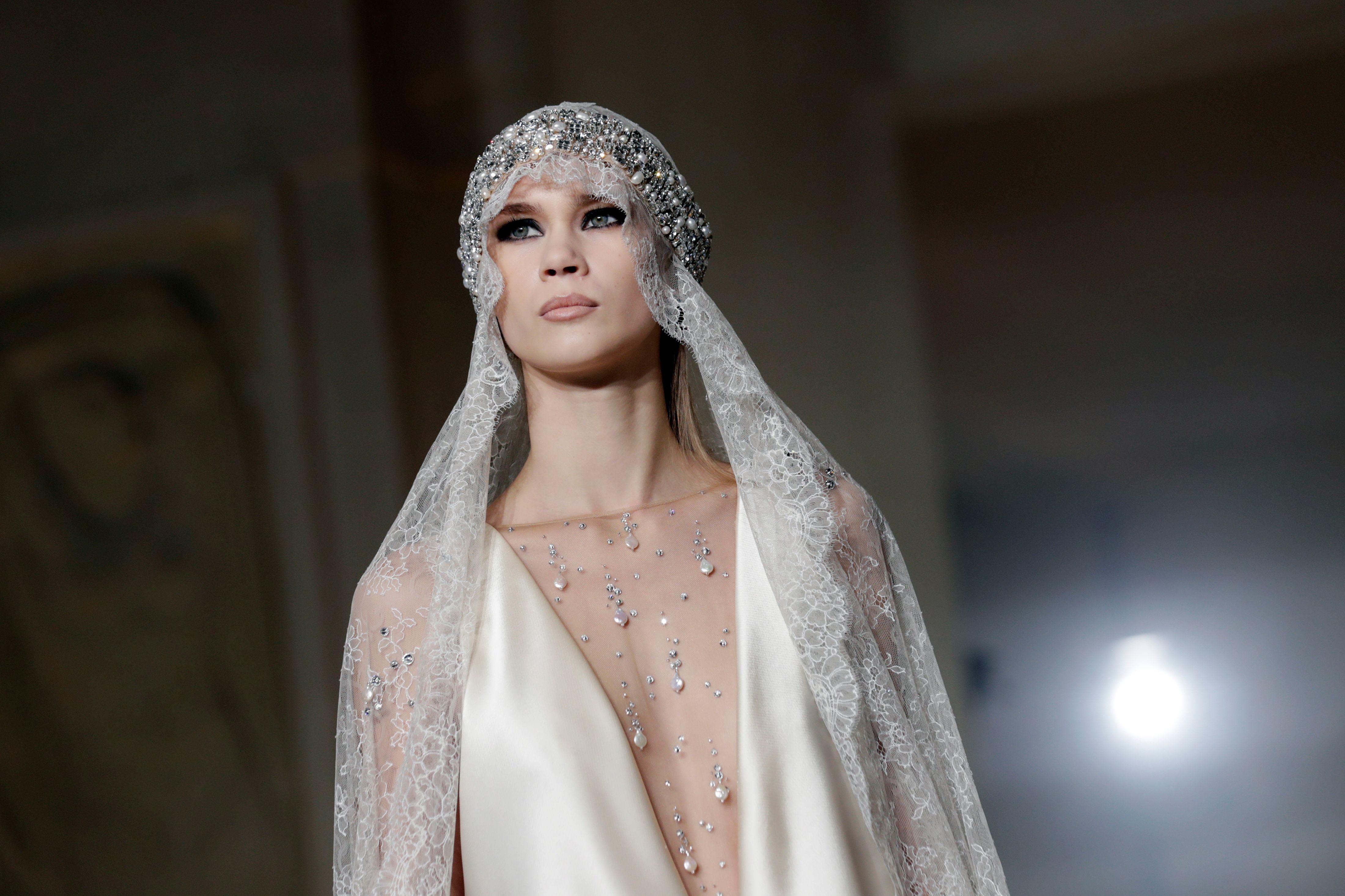 8033db0d19b8 Come scegliere l abito da sposa perfetto  6 modelli per il matrimonio a cui  ispirarsi