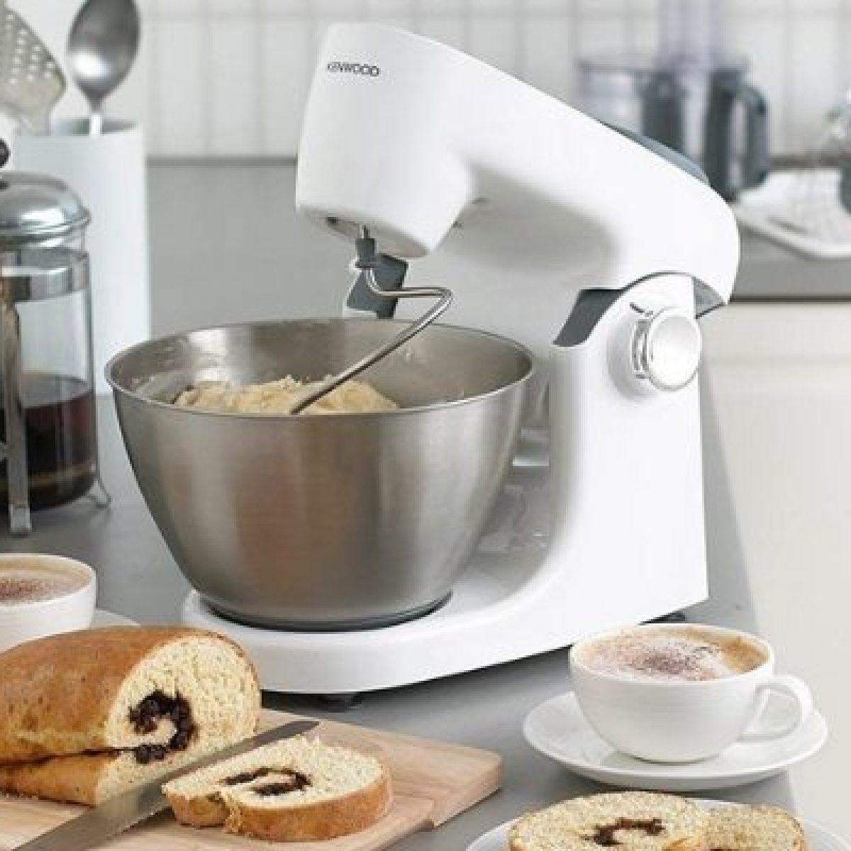 Robot da cucina o planetaria, quale scegliere? Le differenze