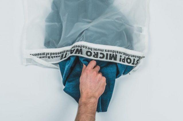 Adidas dice addio ai sacchetti di plastica: così celebra la