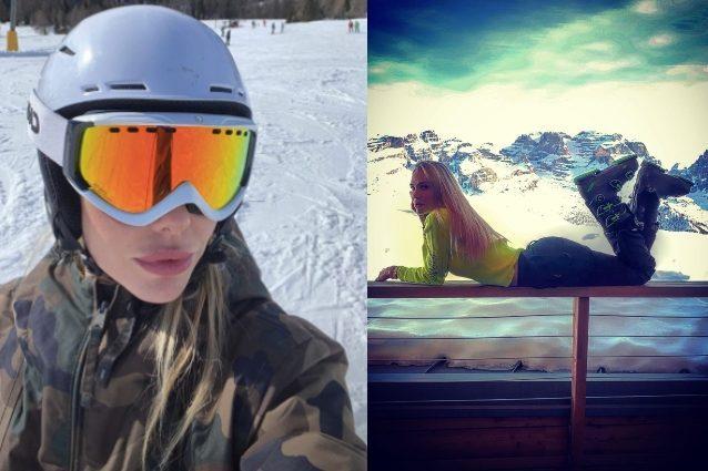 Ilary Blasi, la vacanza sulla neve è all'insegna di colori f
