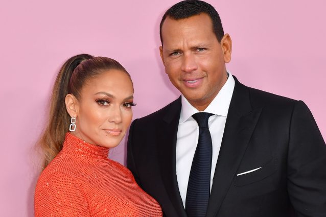 J.Lo, niente matrimonio con Alex Rodriguez: nozze rimandate