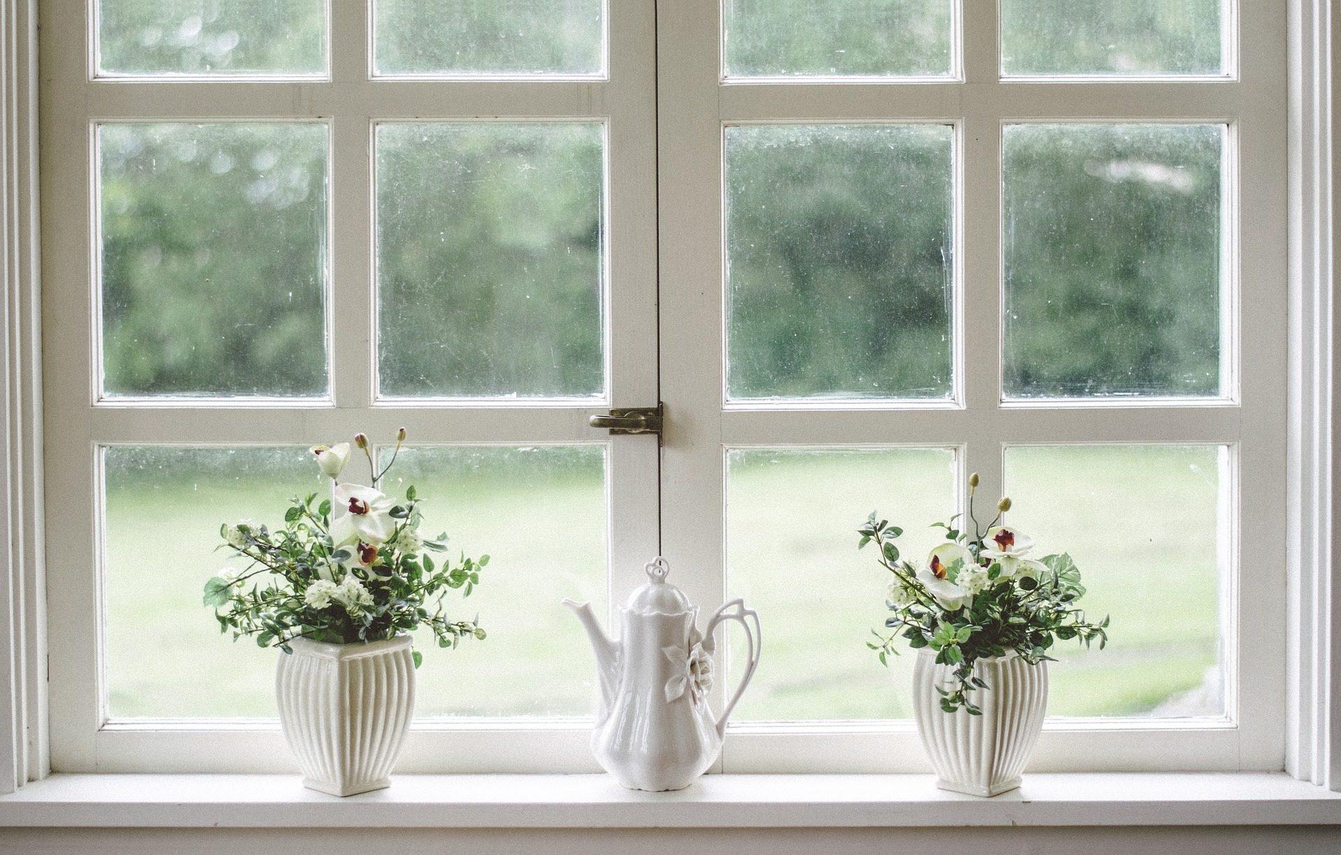 Pulire I Vetri Con Aceto come pulire i vetri molto sporchi senza sforzo con rimedi