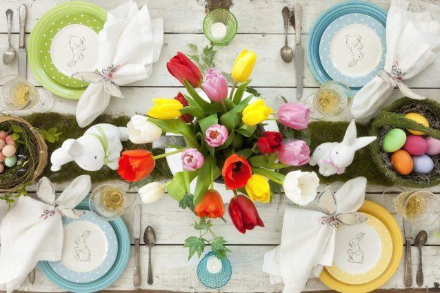 Come decorare la tavola di Pasqua: le migliori idee per cent