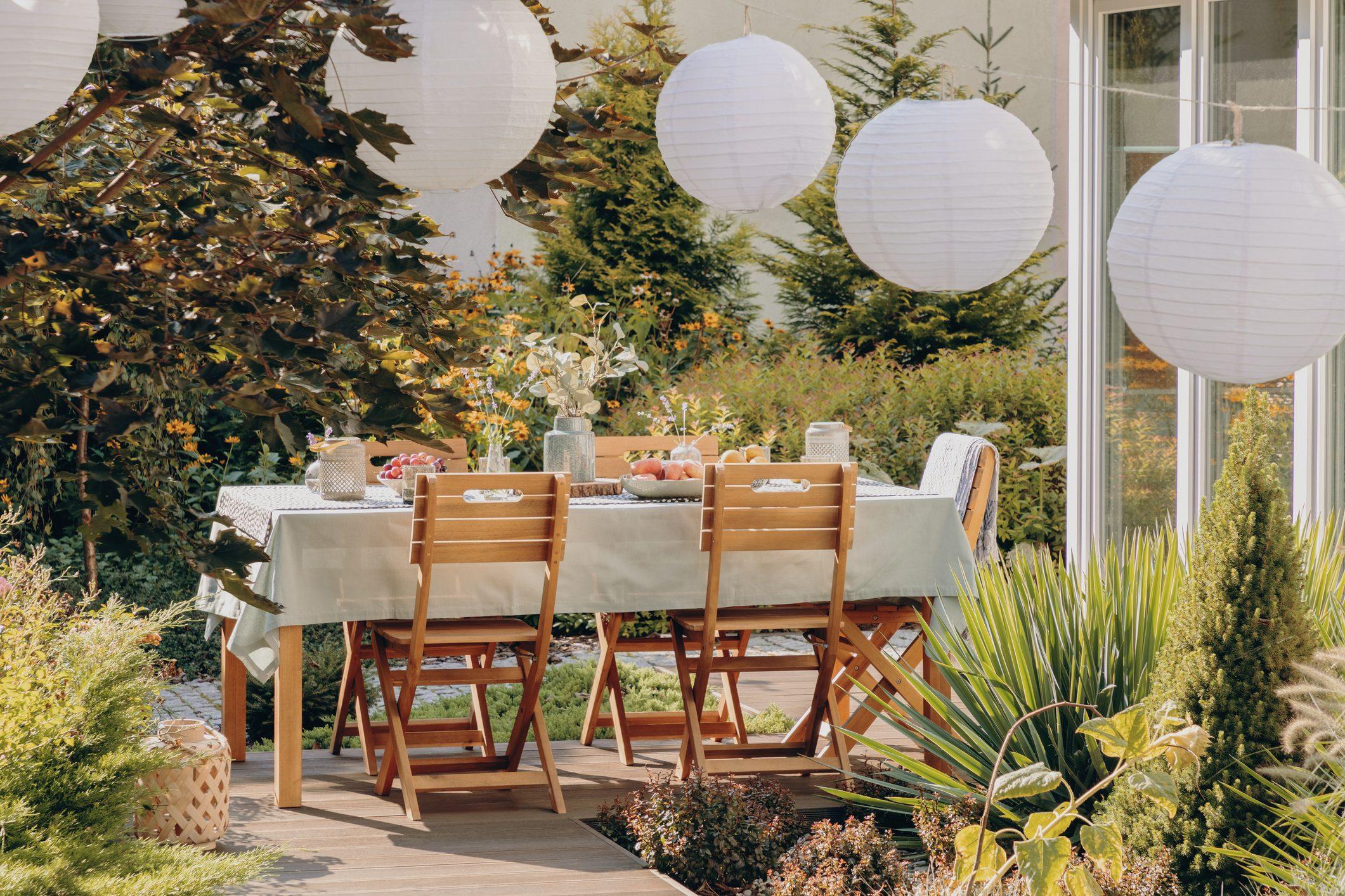 Pezzi Di Design Da Avere come arredare un giardino senza spendere molto