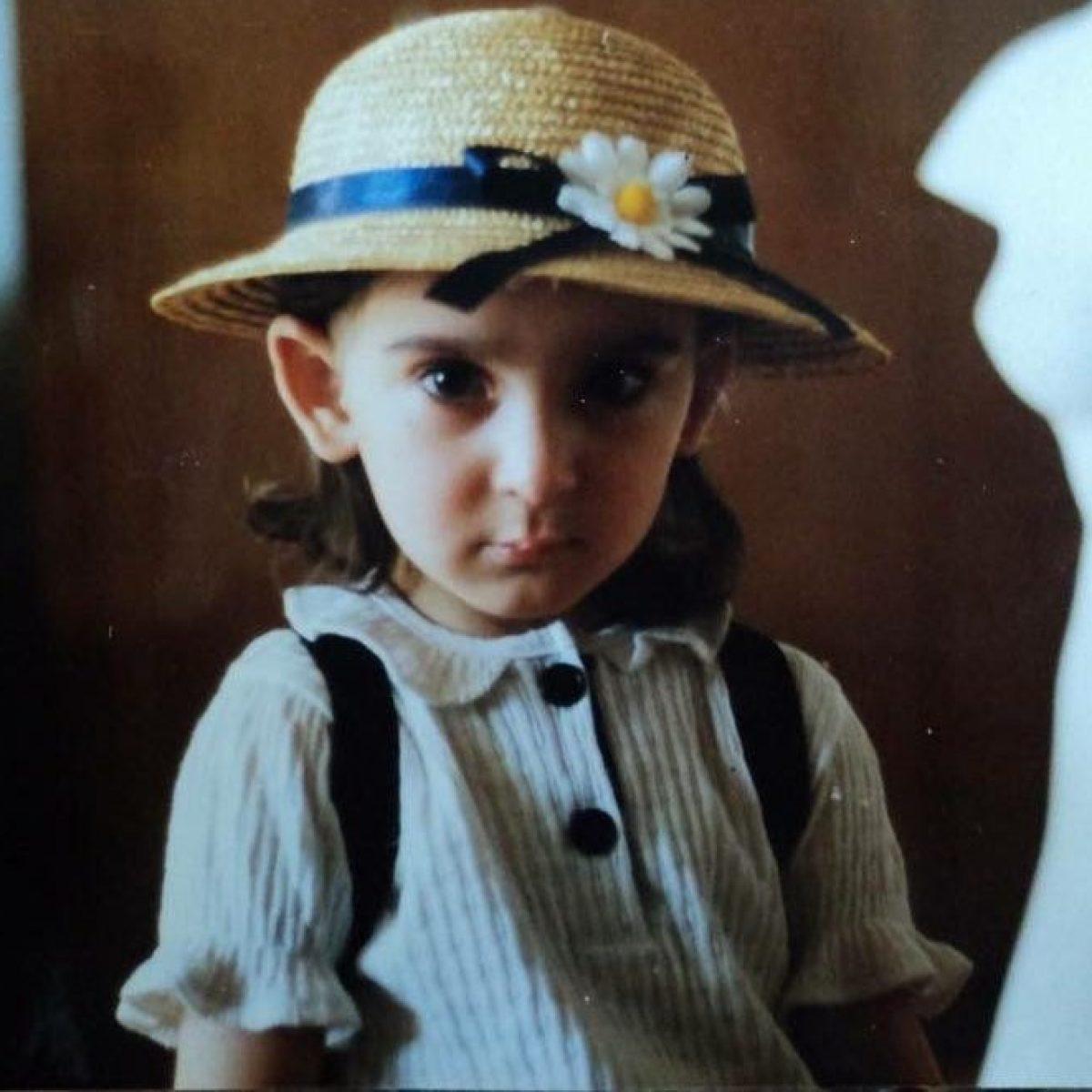 Armine Harutyunyan, la modella di Gucci da bambina: com'era nella foto  prima del successo