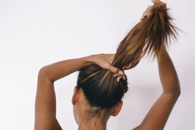 Dal taglio alla spazzola, 10 errori che rovinano i capelli ...
