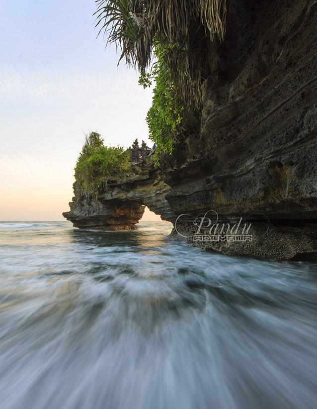 Batu Bolong, Indonesia.