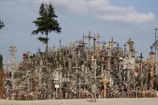 Collina delle croci di iauliai lituania for Planimetrie del paese di collina