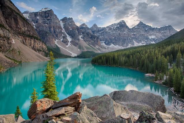 Il lago turchese del Canada