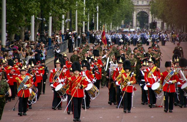 Parata speciale con truppe militari su The Mall