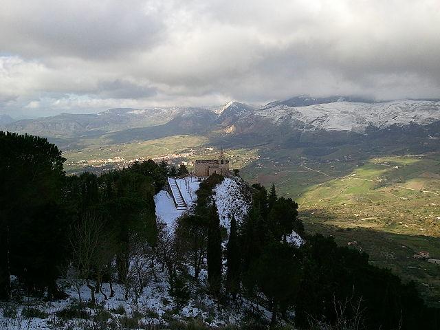 Chiesetta di San Calogero a Santo Stefano Quisquina (Foto Wikipedia).