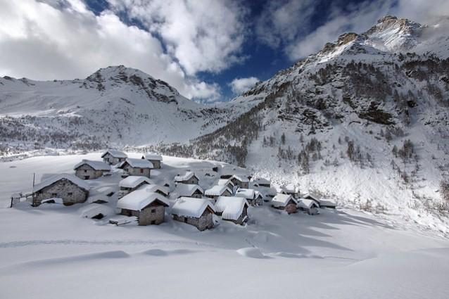 Vacanze a campodolcino in lombardia for Vacanze in montagna
