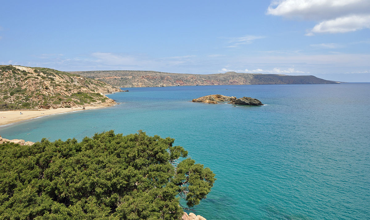 the island of crete essay The palace of minos at knossos is one of the most famous archaeological sites in the world located on kephala hill on the island of crete in the mediterranean sea.