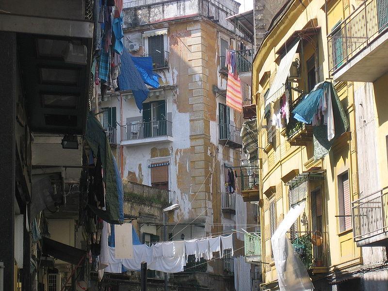 Sanita A Napoli Visita Unica Nel Macabro Sottosuolo Del Rione