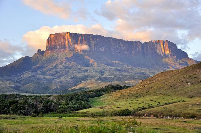 Kukenan Tepuy, Gran Sabana National Park, Venezuela – Foto Wikipedia