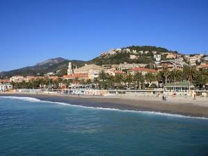 Il mare di Pietra Ligure – Foto Wikimedia Commons