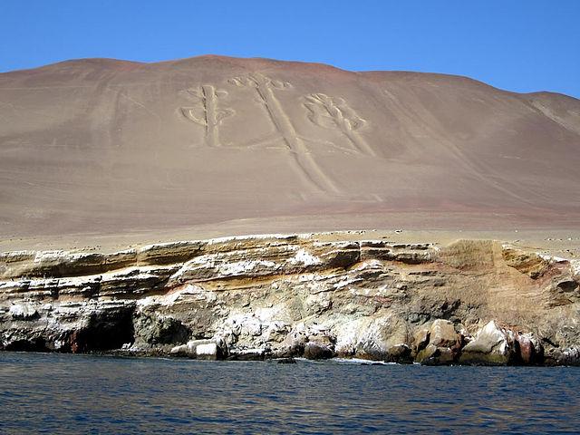 Candelabro di Paracas – Foto Wikipedia