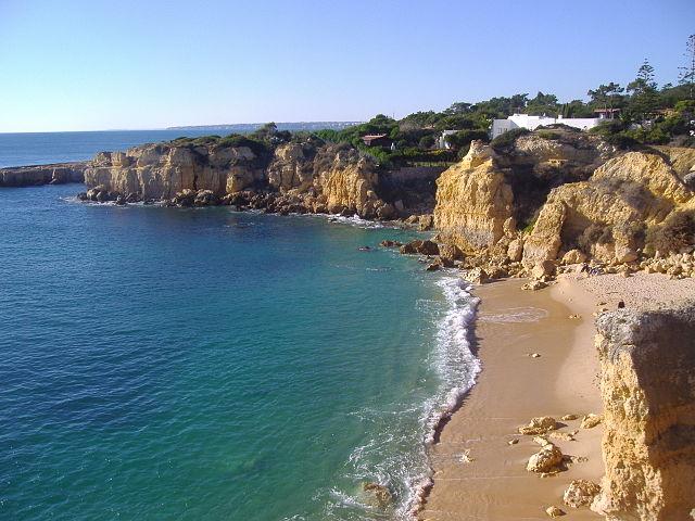 Praia do Castelo – Foto Wikipedia