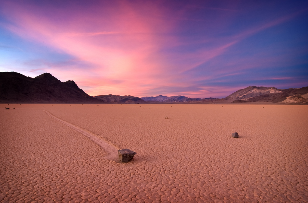 Racetrack Playa – Credits: sandy.redding