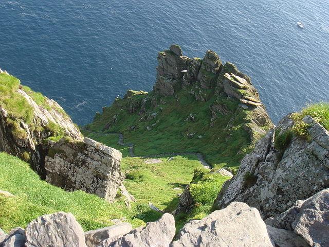 Gli scalini impervi di Skellig Michael – Foto Wikimedia Commons