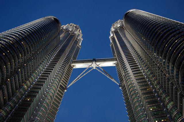 Petronas Twin Towers – Foto di Shubert Ciencia