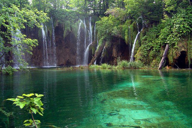 Laghi di plitvice in croazia immagini dal paradiso terrestre for Disegni di laghi