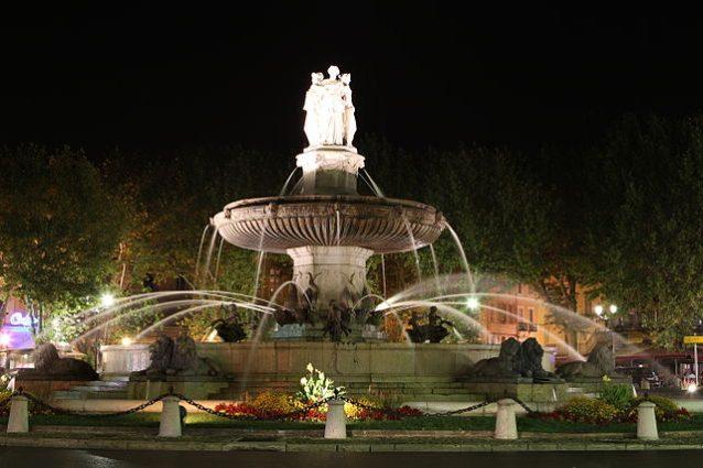 Fountaine de la Rotonde – Foto Wikimedia Commons