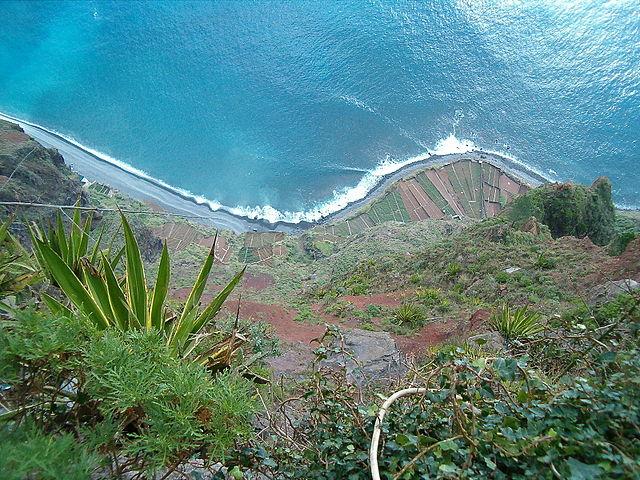 Lo strapiombo di Cabo Girão – Foto Wikimedia Commons