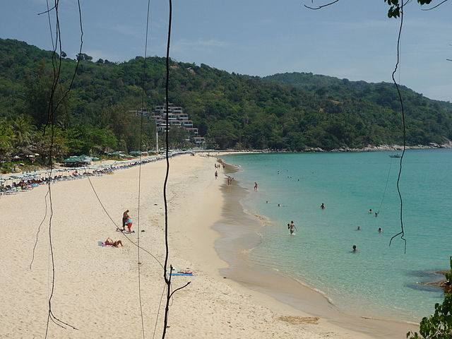 Kata Beach, Phuket – Foto Wikimedia Commons