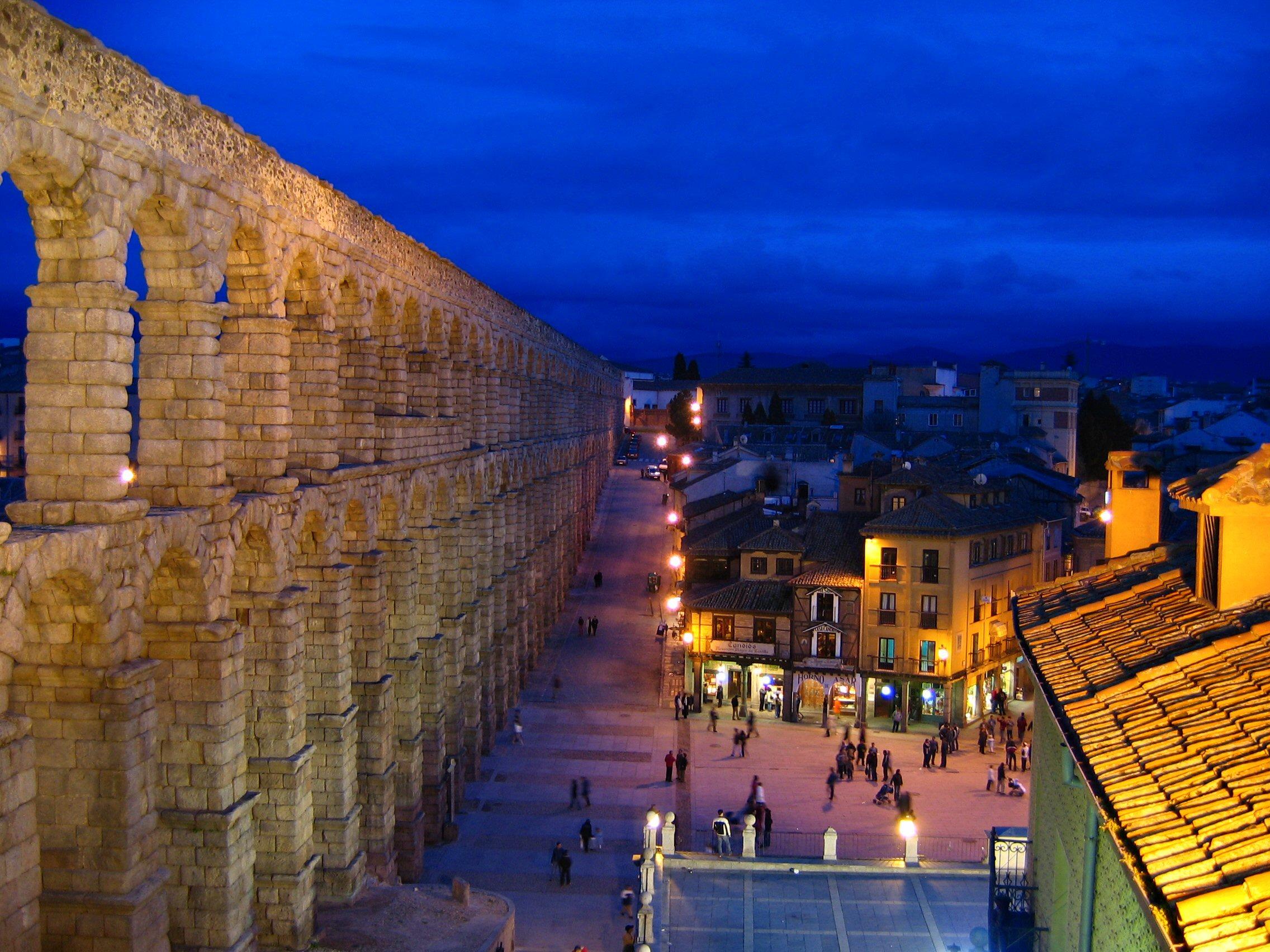 Acquedotto di Segovia – Foto Wikimedia Commons