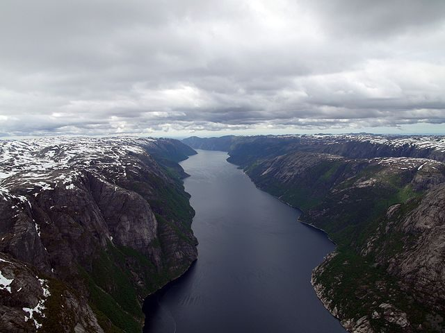 Lysefjord – Foto Wikimedia Commons