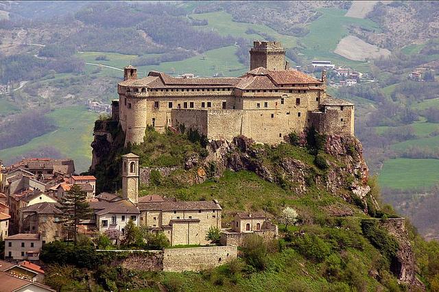 Castello Bardi. Foto da Flickr