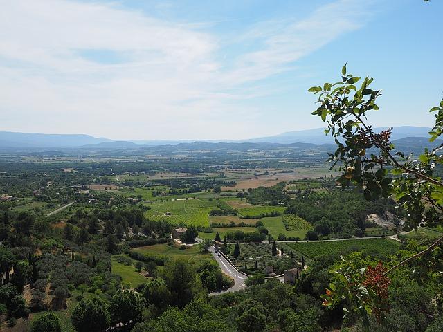 Panorama del Luberon dal belvedere di Gordes – Foto Pixabay
