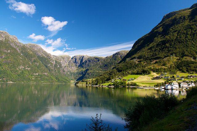 Hardangerfjord – Foto di Víctor Vélez