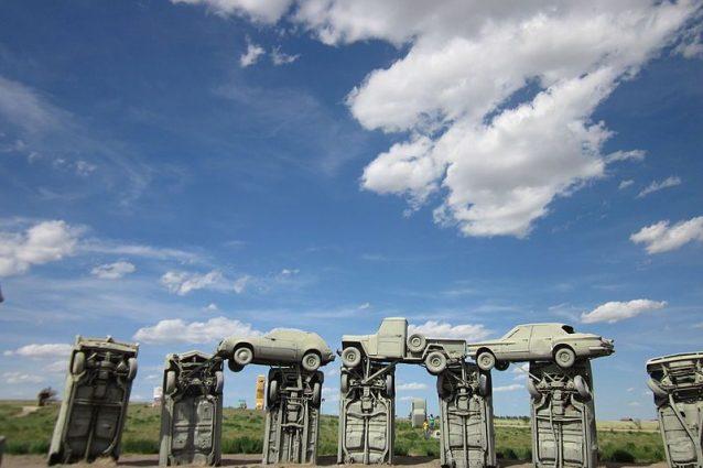 Carhenge. Foto di Emily Kil