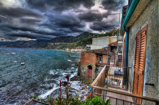 Borgo di Chianalea. Foto di Agostino Zambpoli