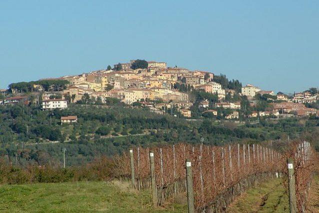 Castagneto Carducci – Foto Wikipedia
