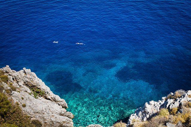 Mare di Hydra. Foto di Simon Binder