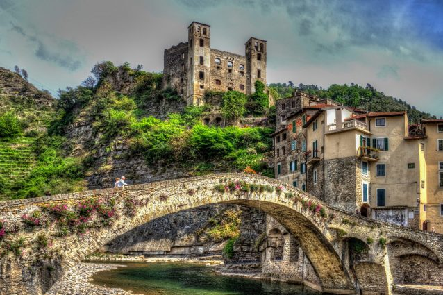 Dolceacqua: un borgo tra mare e montagna in Liguria