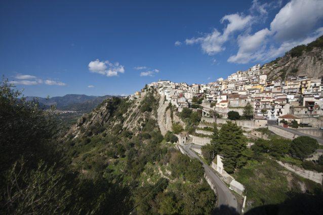 Montalbano Elicona: un diamante grezzo in Sicilia