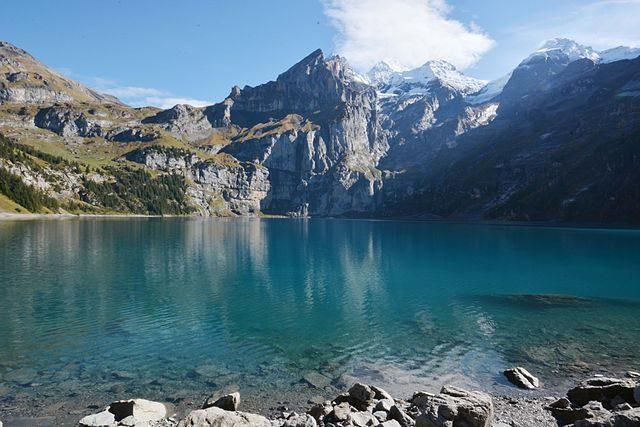 Lago di Oeschinen – Foto Wikipedia