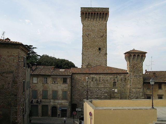 Le torri di Lucignano – Foto Wikipedia