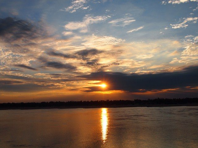 Fiume Mekong al tramonto – Foto di Paul Arps