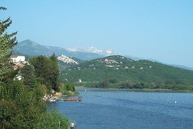 Lago di Piediluco – Foto Wikimedia Commons