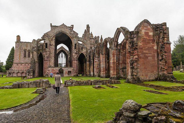 Melrose Abbey. Foto di Ben Mason