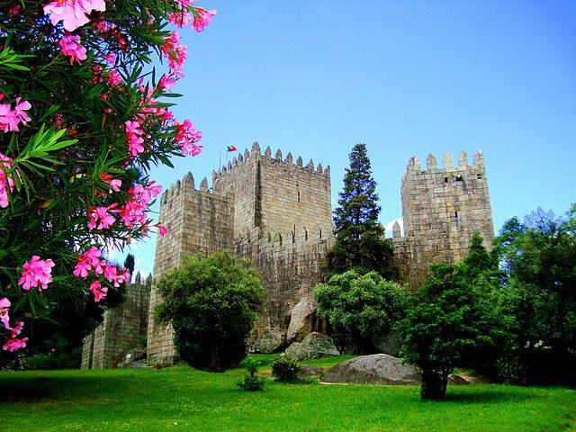 castello-di-guimaraes